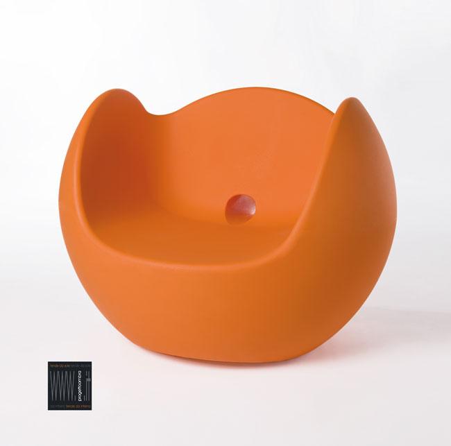 Seduta BLOS  arancio protagonista d'immagine €225,00 per informazioni non esitate a contattarci 0258315644