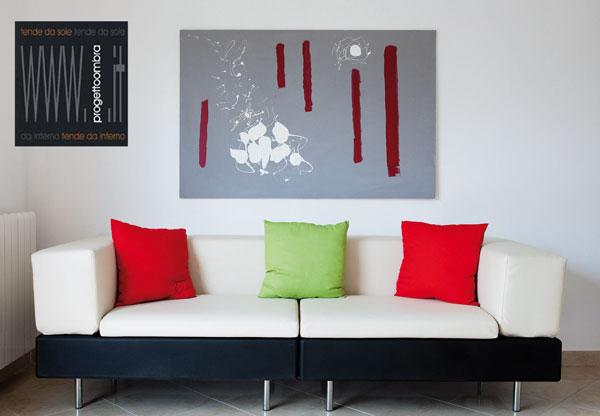 HAPPY LIFE SOFA'  240X90 h 78 cm  Colore Bianco e Nero  Peso: 70 kg  Per informazioni chiamare 02-58315644
