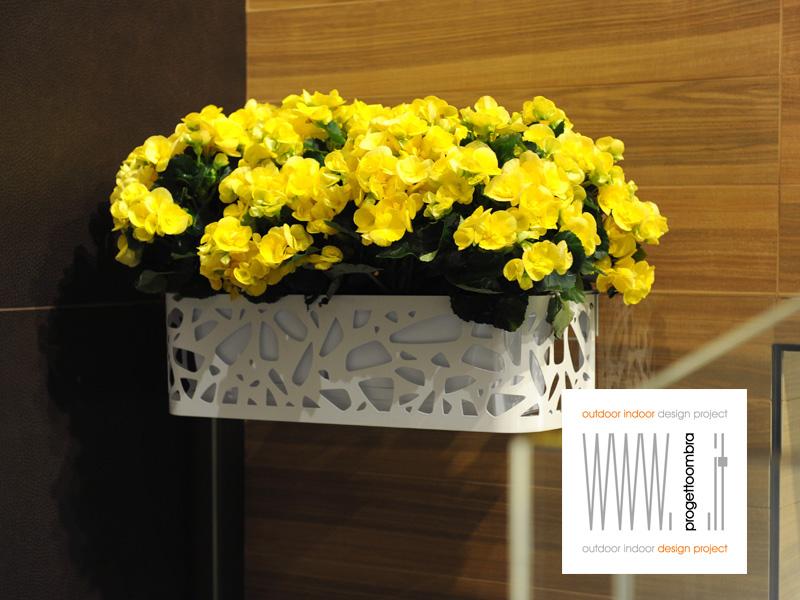 Fioriere  con misura fissa o su disegno, vasoper balconi misure da 50 x21x17h chiamateci 0258315644