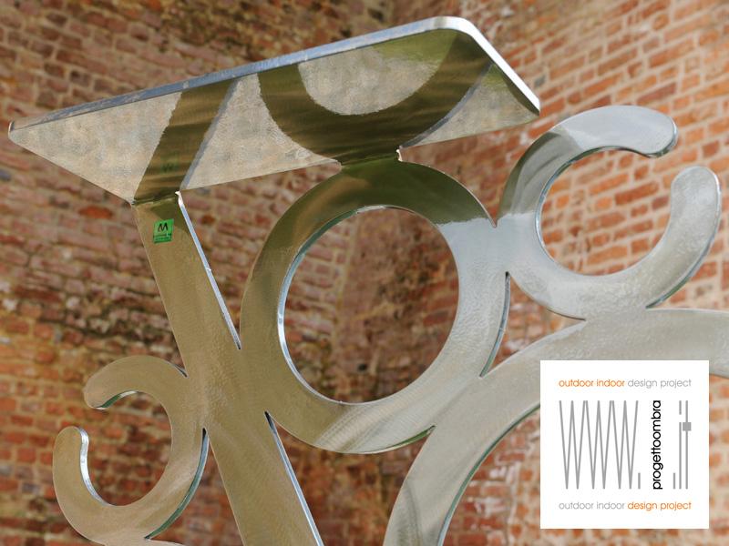 Complemento d'arte h 110 contemporanea  tel 0258315644