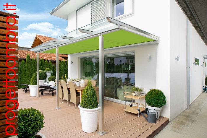 Tenda sotto vetro per verande in legno e alluminio
